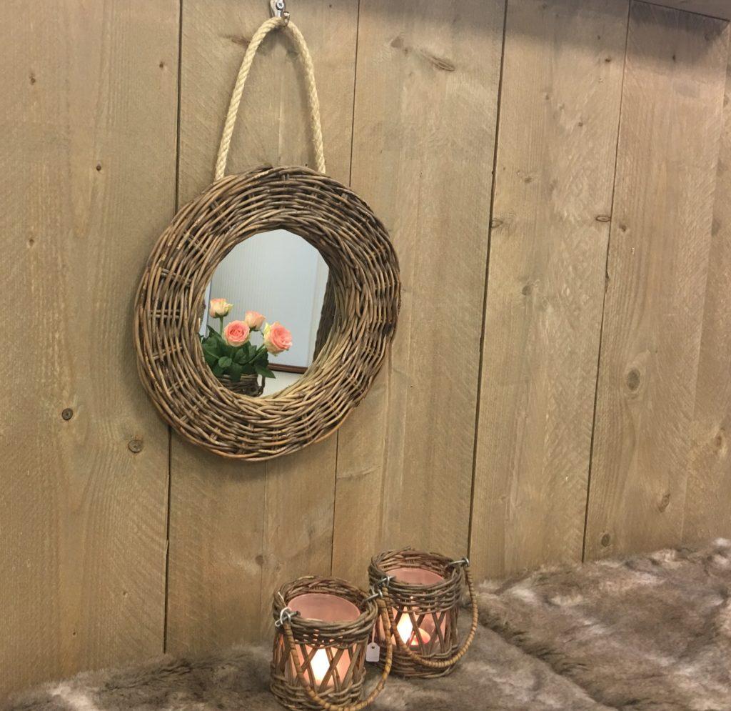 Rieten spiegel rond leuk voor in de hal of wc kinderkamer for Spiegel voor in de wc