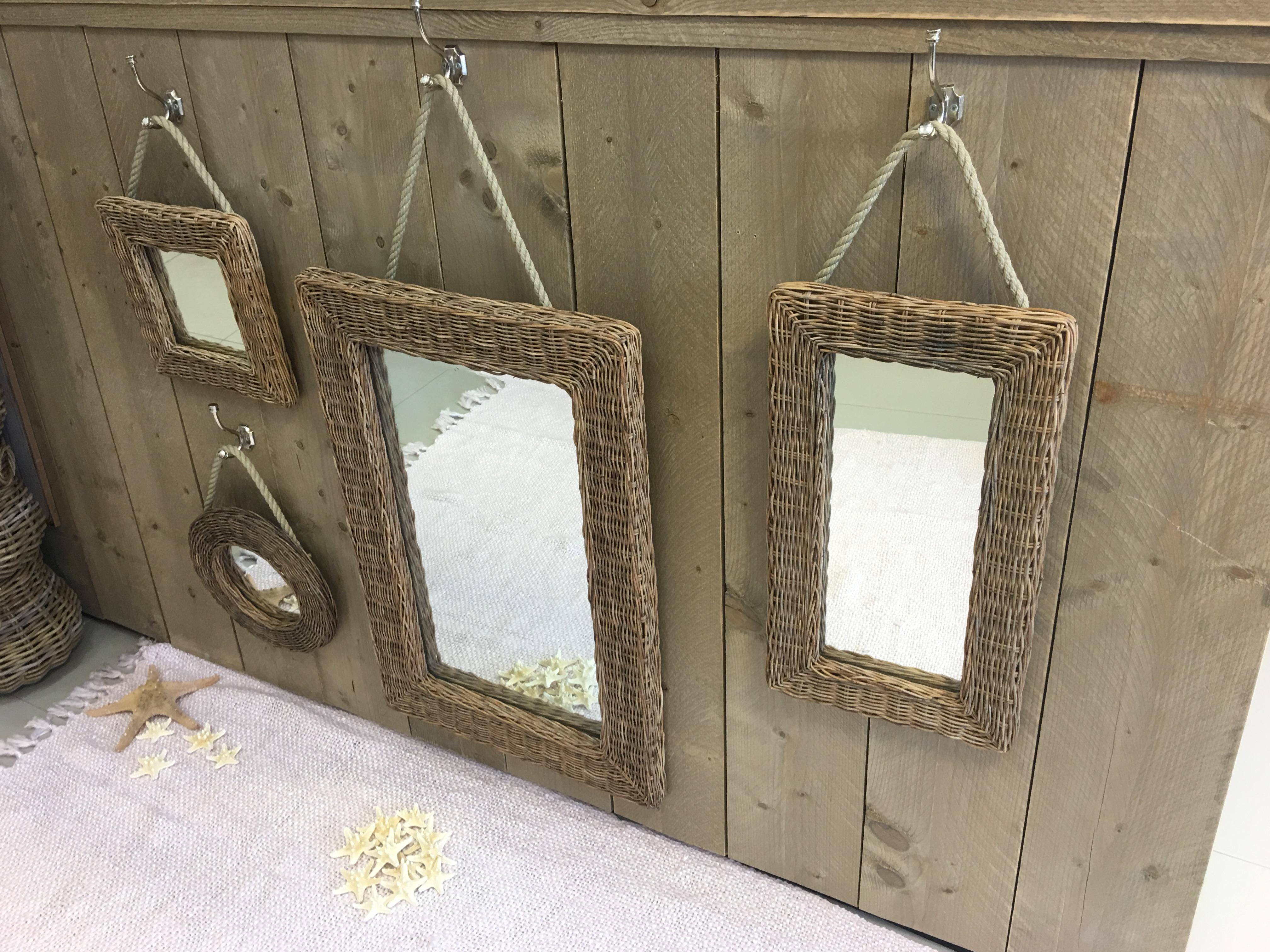 rieten spiegel rechthoek 53cm decoshoppen rieten spiegel rechthoek 53cm. Black Bedroom Furniture Sets. Home Design Ideas