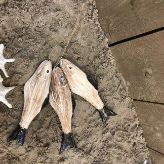 3 houten vissen