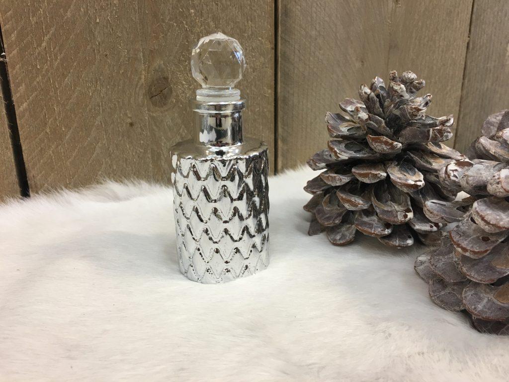 Decoratie flesje zilver 13cm decoshoppen decoratie for Decoratie zilver