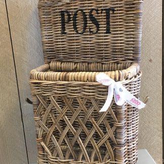 Rieten Post